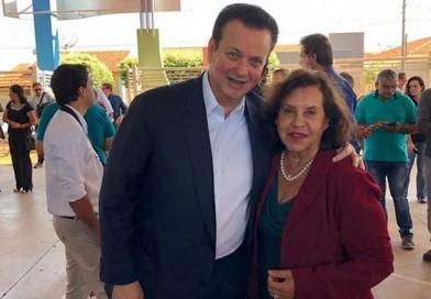 Prefeita Almira assina o Programa Internet para Todos, com ministro Gilberto Kassab