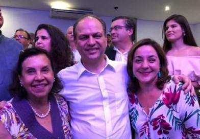 Prefeita Almira se encontra com ministro da Saúde e reitera pedido para Paraguaçu
