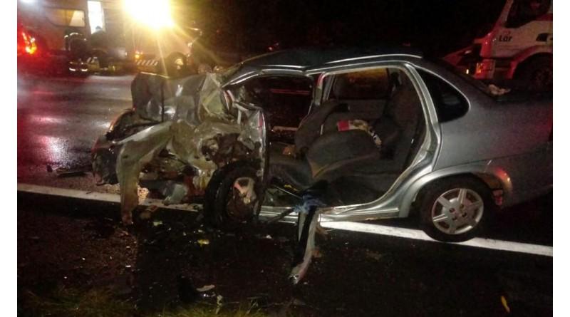 Colisão frontal deixa mortos e feridos em rodovia de Echaporã