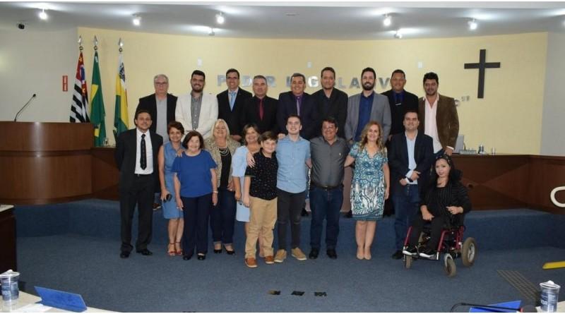 Câmara de Paraguaçu homenageia Policial Civil