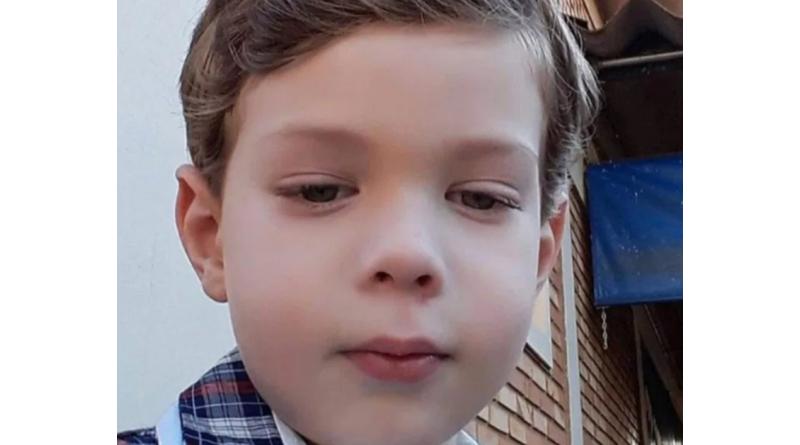 Criança de 5 anos morre atropelada por ônibus escolar em Maracaí