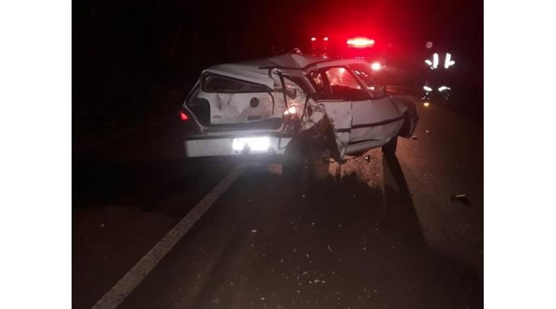 Motorista morre e duas crianças ficam gravemente feridas em acidente em Palmital