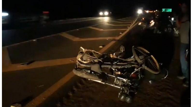 Acidente entre bicicleta e moto mata ciclista em Cândido Mota