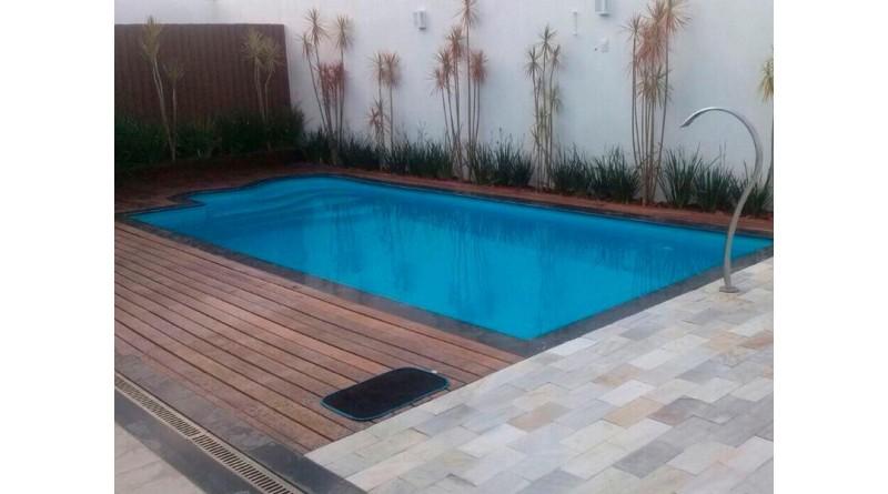 Bebê morre afogada após cair dentro de piscina em Bauru