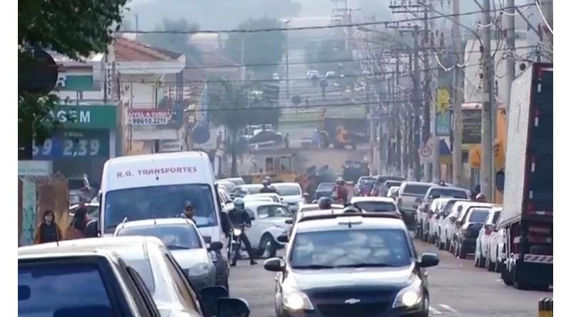 Parte da Rua Cardoso Ribeiro em Ourinhos está interditada nesta sexta-feira
