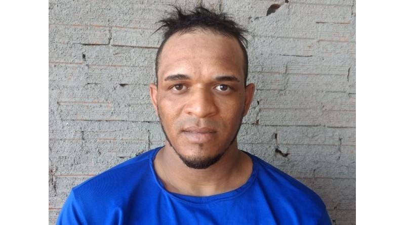 Homem que espancou idoso até a morte em Olho D'Água das Flores, AL, é preso em Cândido Mota