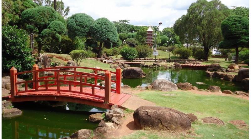 Prefeita inaugura revitalização do Jardim das Cerejeiras e Estação Paraguaçu