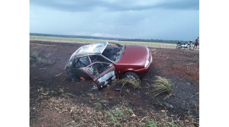 Incêndio em canavial na região prejudica visibilidade e causa vários acidentes na rodovia