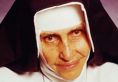 Irmã Dulce é canonizada pelo papa e se torna a primeira santa brasileira