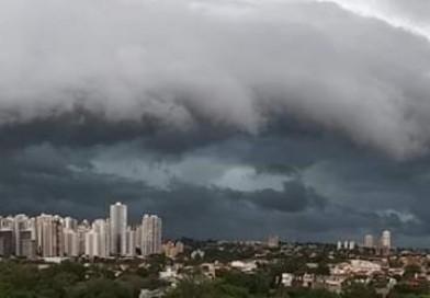 Paraná está em alerta de perigo para tempestades até quarta-feira