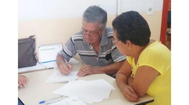CDHU e Prefeitura entregam contrato de quitação de imóveis em Paraguaçu