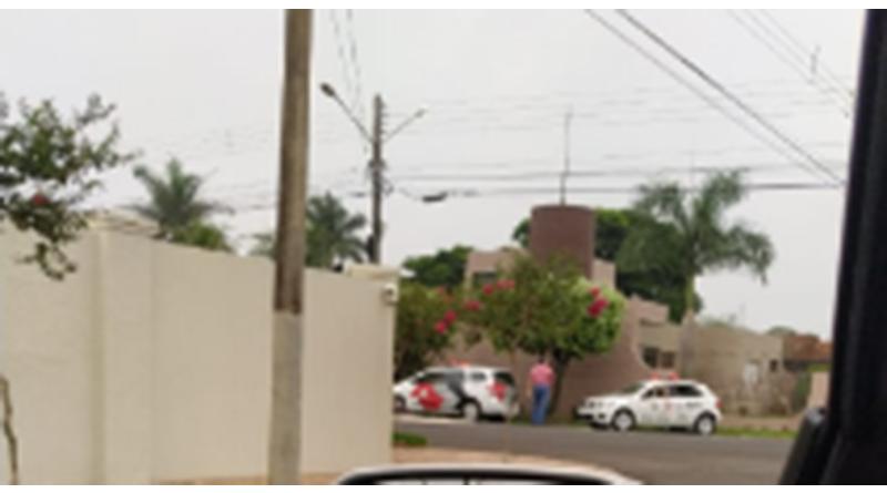 Dois homens encapuzados roubam residência na Vila Galdino em Paraguaçu