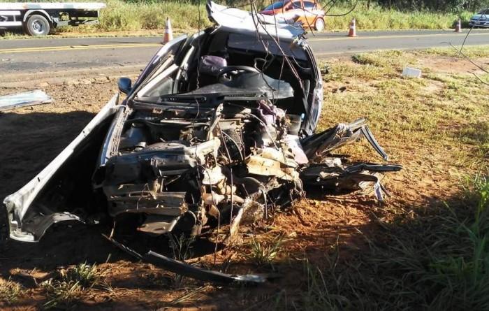 Colisão frontal deixa duas vítimas fatais na SP-457, em Rancharia