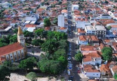 Comércio continua aberto em Paraguaçu