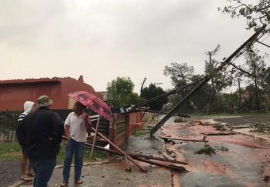 Temporal causa estragos na região de Marília; distrito de Tupã é o mais afetado