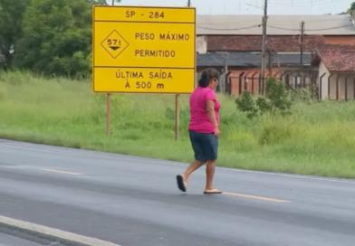 Mulher que morreu atropelada em rodovia de Paraguaçu tinha reclamado da falta de segurança: