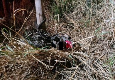Motociclista morre após bater de frente com carro e ser arrastado por 30 metros em vicinal de Tupã