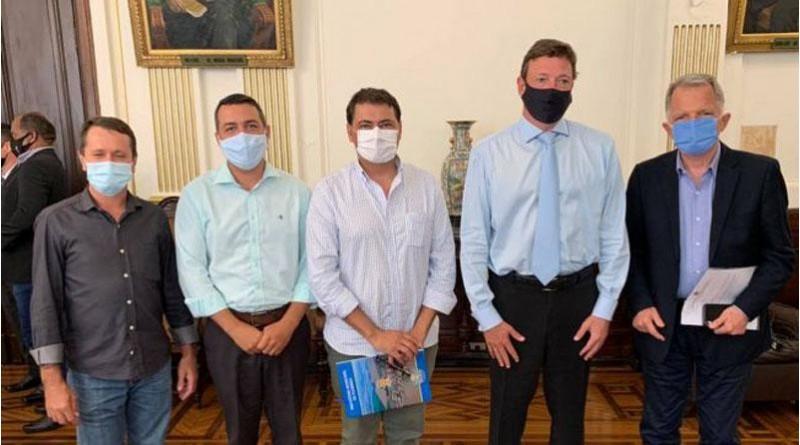 Prefeito de Florínea busca parceria para oferecer atendimento jurídico para a população de baixa renda