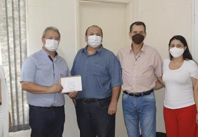 'Conselho de Pastores' doa mais de R$ 2 mil para a Santa Casa de Paraguaçu Paulista