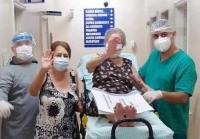 Idosa de 101 anos e filha de 66 têm alta juntas após internação por Covid em Palmital