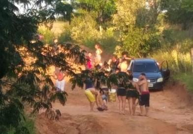 Polícia Militar e Vigilância Sanitária dispersam aglomeração em cachoeira de Tupã
