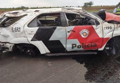 Policial morre em acidente com viatura da PM em Avaí
